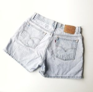 Levi's | Vintage Thrashed High Waisted Mom Shorts